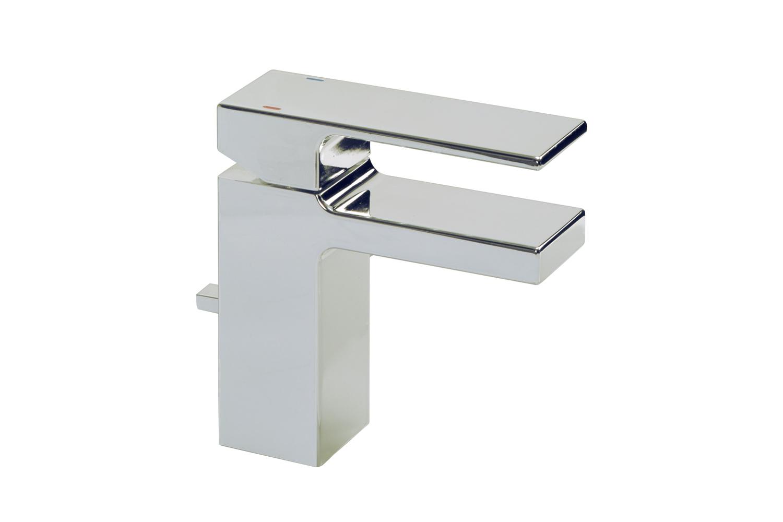lavatoryfaucet1.jpg
