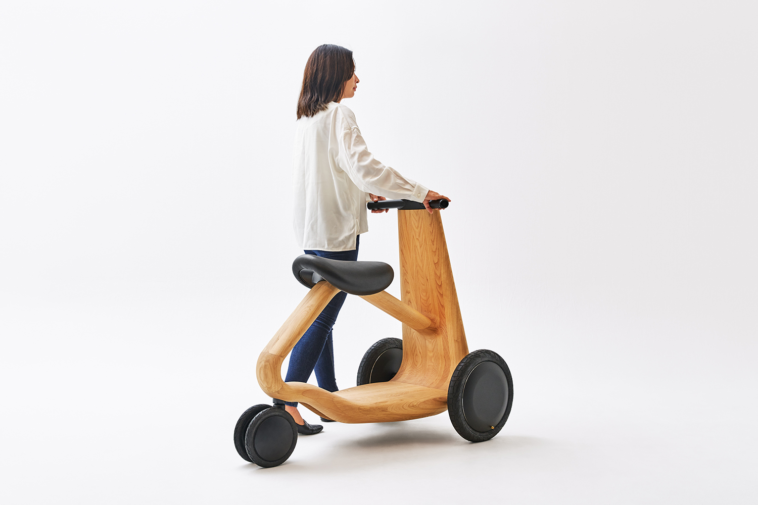 ILY-Ai wooden electric scooter mid-century modern scooter padstyle.com